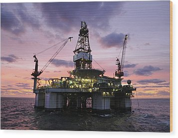 Ocean Endeavor At Sunrise Wood Print