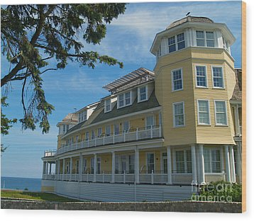 Ocean House Side View - Watch Hill Wood Print by Anna Lisa Yoder