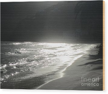 Wood Print featuring the photograph Ocean Smile by Fiona Kennard