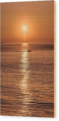 Ocean Sunrise At Montauk Point Wood Print