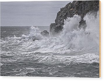 Ocean Surge At Gulliver's Wood Print by Marty Saccone