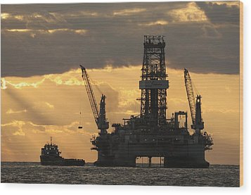 Offshore Rig At Dawn Wood Print by Bradford Martin