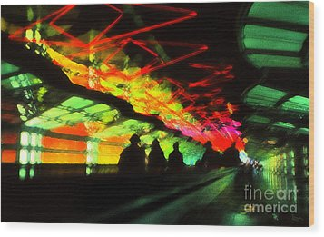 O'hare Airport Wood Print by Jeff Breiman