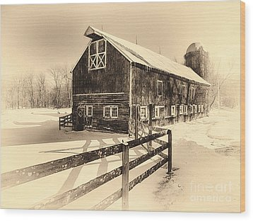 Old American Barn On Snow Covered Land Wood Print by George Oze