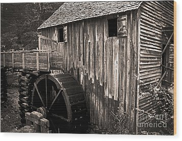 Old Appalachian Mill Wood Print by Paul W Faust -  Impressions of Light