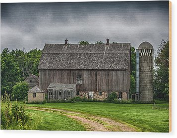 Old Barn On A Stormy Day Wood Print by Paul Freidlund