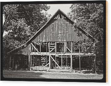 Old Barn On Hwy 161 Wood Print by KayeCee Spain