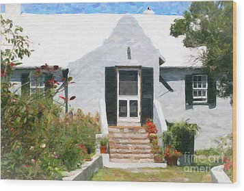 Wood Print featuring the photograph Old Bermuda Home by Verena Matthew