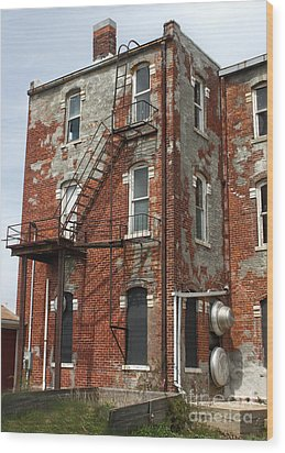Old Brick Building In Downtown Montezuma Iowa - 03 Wood Print by Gregory Dyer