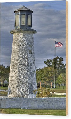 Old Buckroe Lighthouse Wood Print by Jerry Gammon