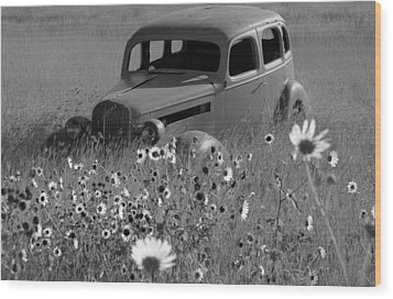 Wood Print featuring the photograph Old Car by Leticia Latocki
