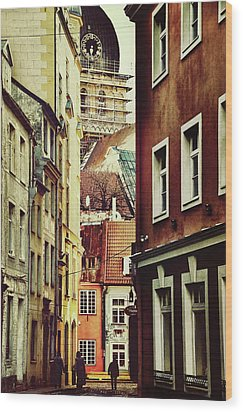 Old City Street Wood Print by Gynt