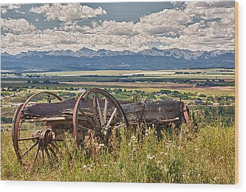 Old Country Wagon Mountains Wood Print by Rob Moses