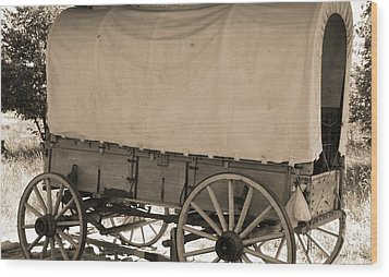 Old Covered Wagon Out West Wood Print by Dan Sproul