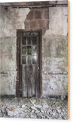 Old Door - Abandoned Building - Tea Wood Print by Gary Heller