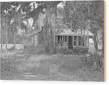 Old Florida House Pencil Wood Print by Ronald T Williams
