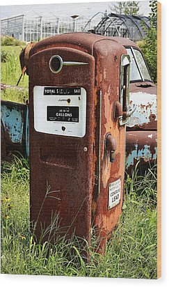 Wood Print featuring the photograph Old Gas Pump by Paul Mashburn