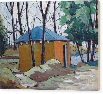 Old Golf Course Shed No.5 Wood Print by Charlie Spear