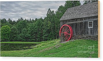 Old Grist Mill Vermont Red Water Wheel Wood Print by Edward Fielding