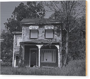 Old House 1 Wood Print by Joyce  Wasser