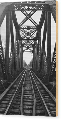 Old Huron River Rxr Bridge Black And White  Wood Print