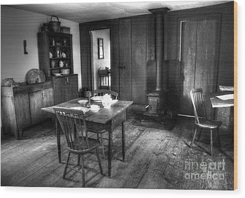 Old Kitchen Wood Print by Kathleen Struckle