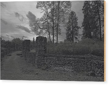 Old Liberty Park Ruins In Spokane Washington Wood Print by Daniel Hagerman
