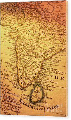 Old Map Of India And Sri Lanka Wood Print by Colin and Linda McKie