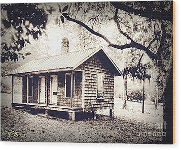 Old Masonboro Slave Cottage Wood Print