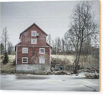Old Mill 2 Wood Print by Matti Ollikainen