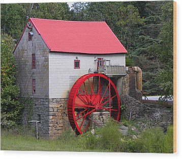 Wood Print featuring the photograph Old Mill Of Guilford by Sandi OReilly