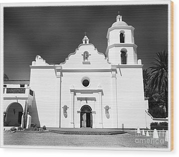 Old Mission San Luis Rey De Francia Wood Print