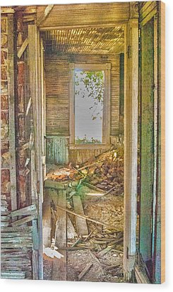 Old Pastel House Wood Print by Kimberleigh Ladd