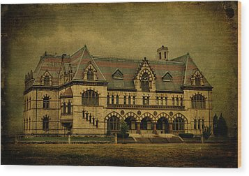 Old Post Office - Customs House Wood Print by Sandy Keeton
