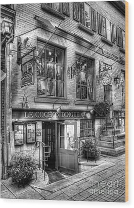 Old Quebec City 3 Wood Print by Mel Steinhauer