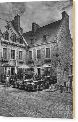 Old Quebec City Bw Wood Print by Mel Steinhauer