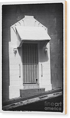 Old San Juan Door Wood Print by John Rizzuto