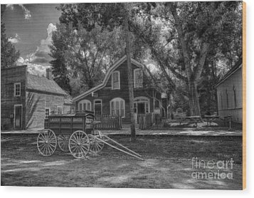 Old Scene-baker Wagon Wood Print by Darcy Michaelchuk