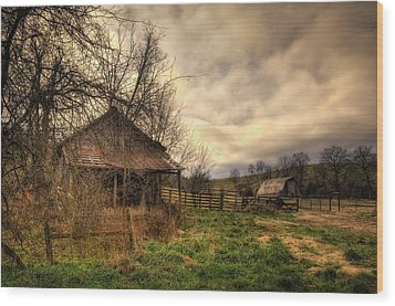 Old Shed And Barn At Osage Wood Print by Michael Dougherty