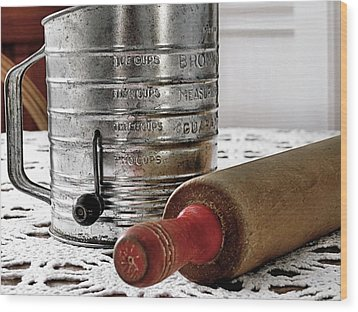 Old Sifter And Rolling Pin Wood Print by Janice Drew