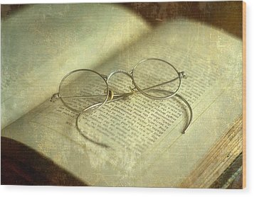 Old Silver Spectacles And Book Wood Print by Suzanne Powers