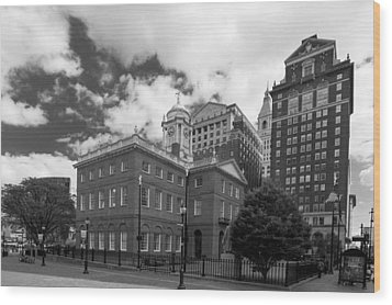 Old State House 15568b Wood Print by Guy Whiteley