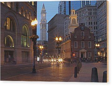 Old State House And Custom House In Boston Wood Print by Juergen Roth