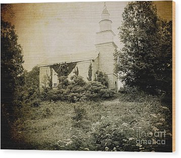 Old Stone Church In Rhinebeck Wood Print