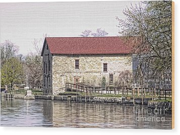 Old Stone House On The Canal Wood Print by Jim Lepard