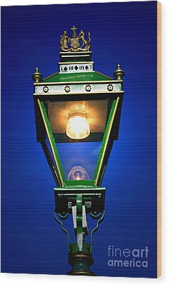 Wood Print featuring the photograph Old Streetlamp by Craig B