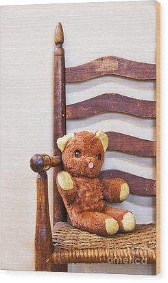 Old Teddy Bear Sitting In Chair Wood Print by Birgit Tyrrell