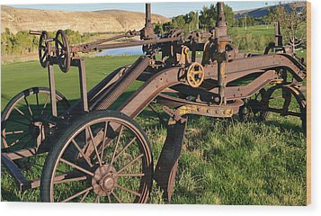 Old Timey Grader Wood Print by Eric Nielsen