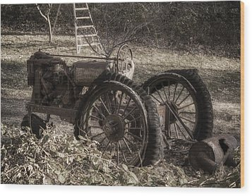 Wood Print featuring the photograph Old Tractor by Lynn Geoffroy