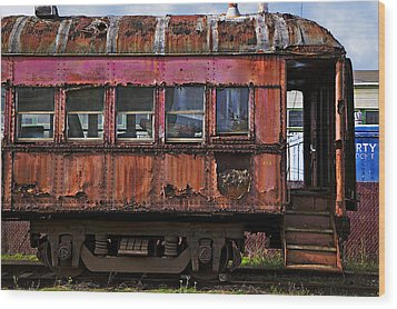 Old Train Car Wood Print by Garry Gay